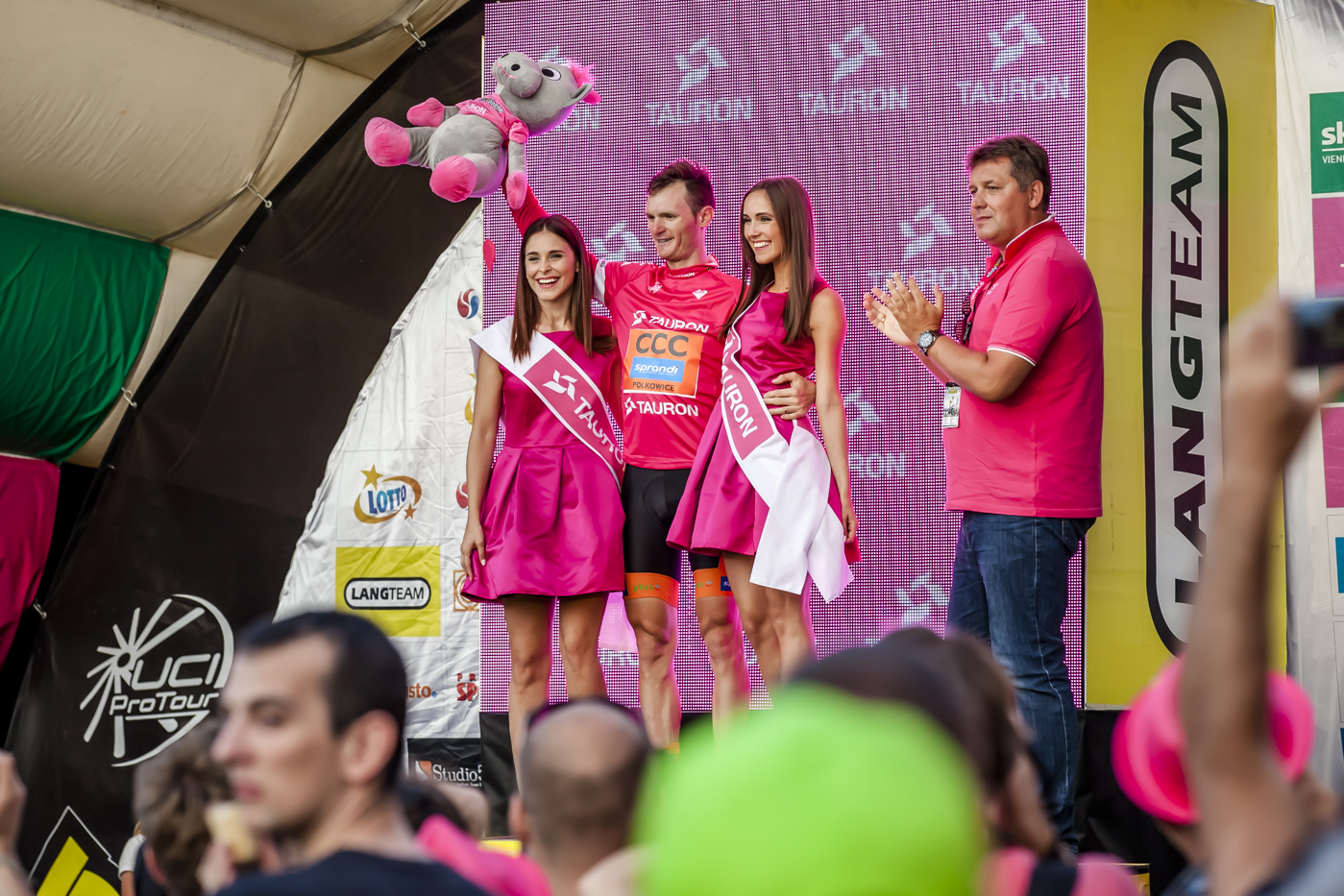 http://magazynrowerowy.pl/logmein/wp-content/uploads/2015/08/TdP_V-etap_0688.jpg